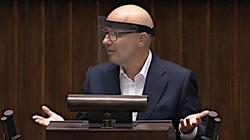 Sobolewski z PiS o Kropiwnickim: poprosiliby CBA o pomoc z tymi mieszkaniami - miniaturka