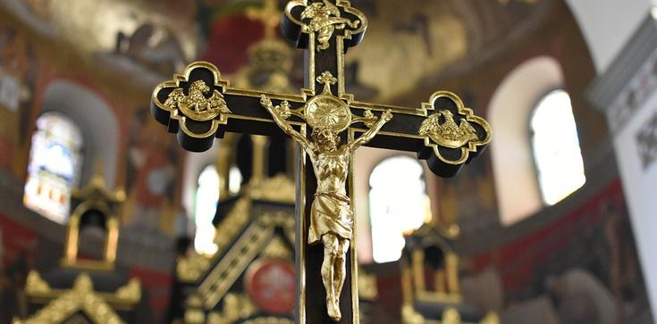 Przerażające dane! W Europie wzrosła chrystianofobia! - zdjęcie