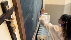 Krzyże pozostaną w szkole – skuteczna interwencja Ordo Iuris - miniaturka