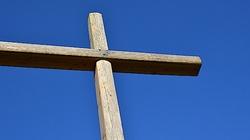 Chrześcijan w Europie prześladuje się w białych rękawiczkach! - miniaturka