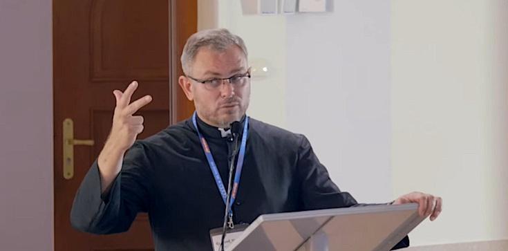 Ks. Jerzy Molewski TChr: Sakrament spowiedzi. Oto, co musisz wiedzieć - zdjęcie