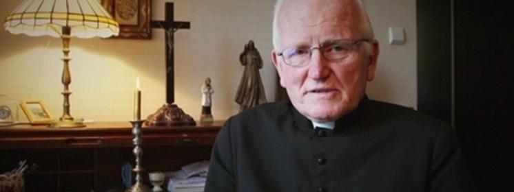 Ks. Jan Sikorski dla Frondy o odejściach kapłanów: To wszystko wykorzystuje diabeł
