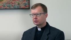 Ks. Zollner o aferach seksualnych w Kościele: Nie łudźmy się, że skandale mamy już za sobą - miniaturka