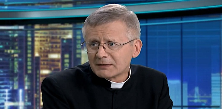 Ks. Henryk Zieliński o profanacji w Bełchatowie: Zamęt i manipulacje. ZOMO przeciwko nastolatkowi, który ukradł ,,opłatek'' - zdjęcie