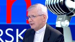 Ks. Henryk Zieliński: Są celebryci, którzy cierpią przez presję środowisk LGBT  - miniaturka