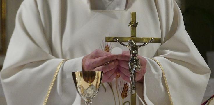 Bunt francuskich biskupów. Mówią ,,dość'' obostrzeniom   - zdjęcie