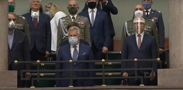 Kwaśniewski o swojej obecności na zaprzysiężeniu prezydenta Dudy: ''Jestem tu z trzech powodów'' - zdjęcie