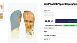 SKANDAL! Klapki do deptania wizerunku św. papieża Jana Pawła II - miniaturka