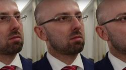 Łapiński: Wojna, wojna! Nie ma żadnej wojny!... - miniaturka
