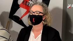 Prokuratura zajmie się plakatem Strajku Kobiet? ,,Sprawcy muszą zostać zatrzymani''  - miniaturka