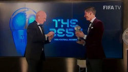 Brawo Polska! Robert Lewandowski Piłkarzem Roku FIFA! - miniaturka