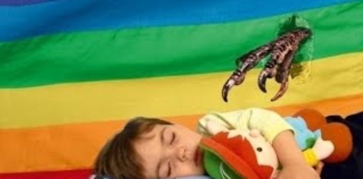 Ohyda w Paryżu. Małe dzieci na ,,Queer Week''... - zdjęcie