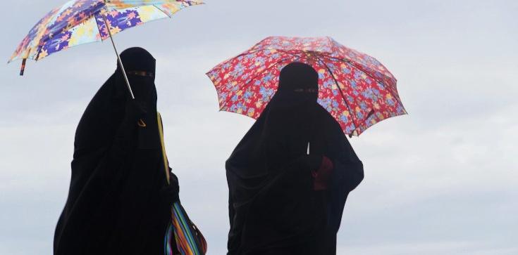 Francuskie służby zatrzymały 5 kobiet podejrzewanych o planowanie zamachu w trakcie Wielkanocy - zdjęcie