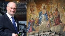 Macierewicz: Zachód, jeśli chce się obronić, musi wrócić do chrześcijańskich korzeni! - miniaturka