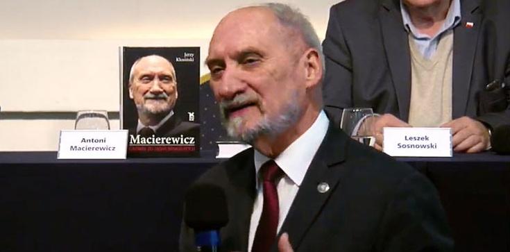 Macierewicz: To jasne, Putin sam już nigdy nie zrezygnuje - zdjęcie