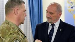 Szef MON spotkał się z generałami z USA - miniaturka