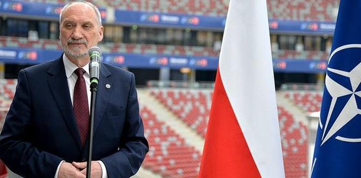 Macierewicz: Potwierdziły się wszystkie decyzje NATO ws. wschodniej flanki - zdjęcie