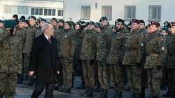 Minister Macierewicz wręczył awanse na wyższe stopnie wojskowe - miniaturka