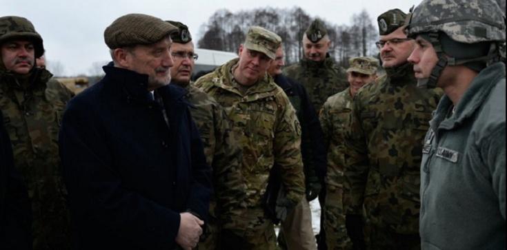 POLSKA W REMONCIE! Antoni Macierewicz zdradza jak odrodzi polską armię! - zdjęcie