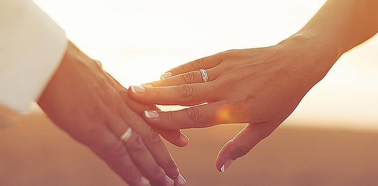 Dziesięć sposobów na udane, szczęśliwe małżeństwo - zdjęcie