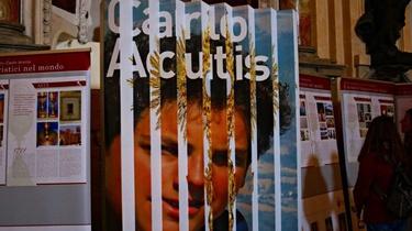 Mój syn wyjednuje wiele łask - mówi matka sługi Bożego Carlo Acutisa, 15-letniego geniusza komputerowego - miniaturka