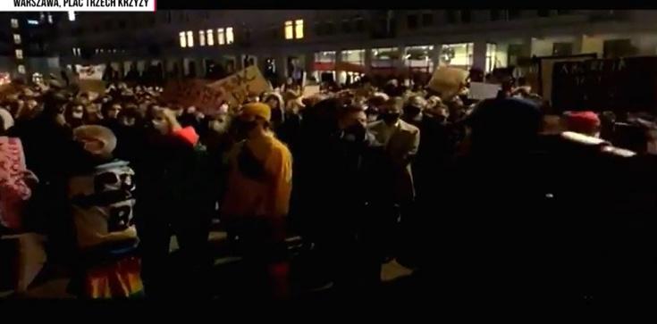 Lewackie bojówki w całej Polsce atakują kościoły [Wideo] - zdjęcie