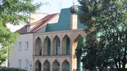 Gadowski: Bijatyka w warszawskim meczecie! - miniaturka
