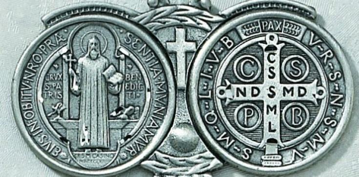 Medalik św. Benedykta - pomoc duchowa na dzisiejsze czasy - zdjęcie
