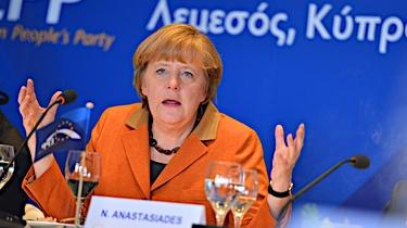Angela Merkel ogłasza lockdown. ,,Błądzenie po omacku'' - miniaturka