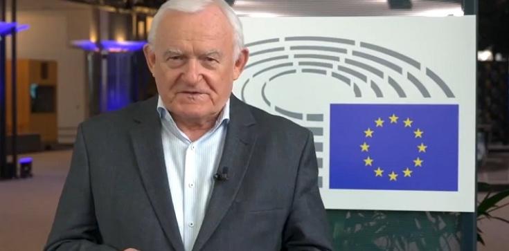 Zoll Straszy, a Miller uspokaja – Czy UE może ,,wyrzucić'' Polskę ze struktur wspólnoty? - zdjęcie
