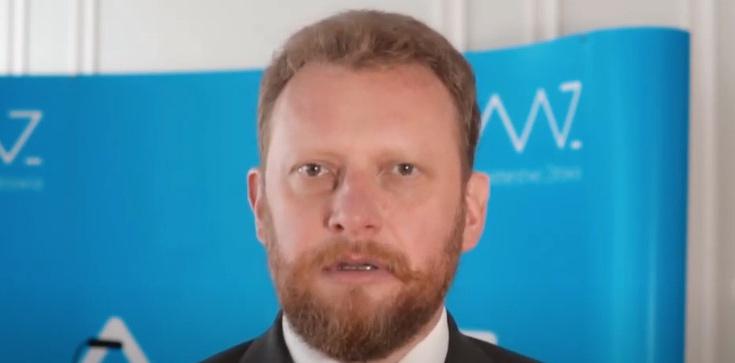 Minister Łukasz Szumowski: Chorych na koronawirusa w Polsce jest coraz mniej, a dane coraz lepsze - zdjęcie