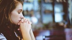 Sondaż. 62 proc. polskich nastolatków uważa się za osoby religijne - miniaturka