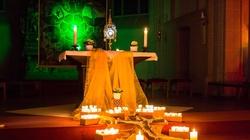 Belgów połączyła adoracja Najświętszego Sakramentu - miniaturka