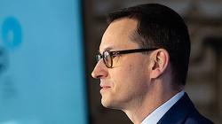 Premier Morawiecki wspomina 10/04: Tamten krzyk dzwoni wciąż głośno w uszach - miniaturka