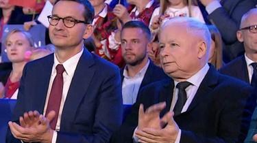 Sondaż: Zwycięstwo PiS i MOCNY spadek Hołowni - miniaturka