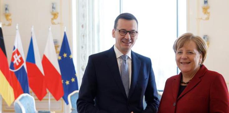 """Rozpoczęło się spotkanie premiera Morawieckiego z Merkel, Macronem oraz grupą """"oszczędnych"""" - zdjęcie"""