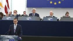 Kuźmiuk: Premier o przyszłości Europy, większość dyskutantów o praworządności - miniaturka
