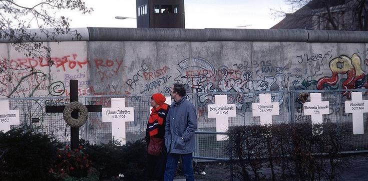 ,,Bez Polski Niemcy nie byliby krajem zjednoczonym''. Obchody 30. rocznicy upadku muru berlińskiego - zdjęcie