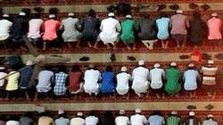 Szturm muzułmanów na święte miejsce katolików - miniaturka
