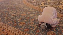 Londyn: Meczety będą wzywać do modlitwy, a kościoły wciąż zamknięte - miniaturka