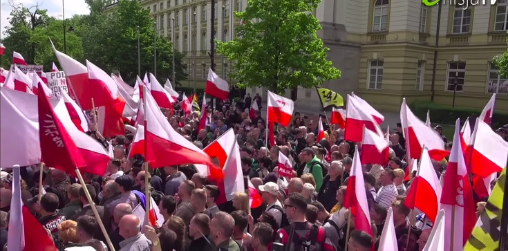 Narodowcy Putina podszywają się pod ,,Gazetę Polską'' - zdjęcie