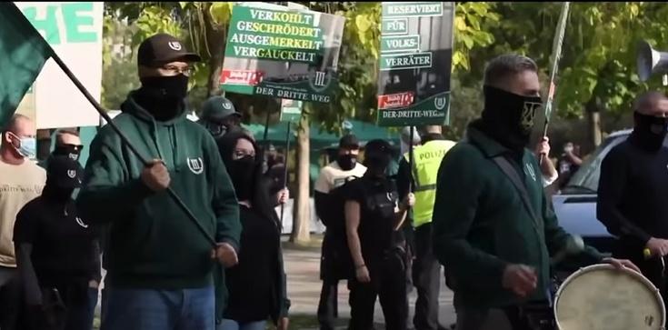 Niemiecka policja zgubiła 475 neonazistów - zdjęcie
