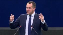 To przypomina proces stalinowski - francuski europoseł w PE o działaniach instytucji UE wobec Polski - miniaturka