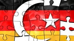 W Niemczech uchodźcy oblegają... szkoły nauki jazdy - miniaturka