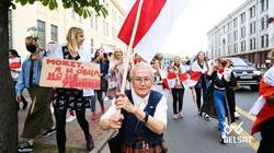 (Wideo) Białoruś. OMON nie był w stanie zablokować marszu kobiet - miniaturka