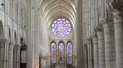 W polskich katedrach zabiły dzwony dla Notre Dame - miniaturka