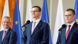Premier Morawiecki: Wypełnimy białe plamy w dostępie do szybkiego internetu - miniaturka