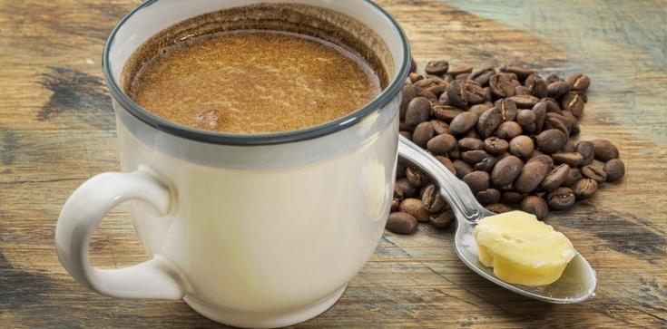 Chcesz skutecznie schudnąć? Pij kawę z ... masłem! - zdjęcie