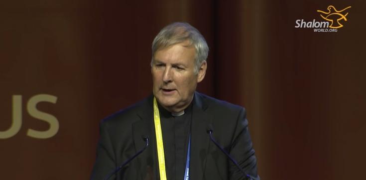 Franciszek mianował prohomoseksualnego biskupa? - zdjęcie