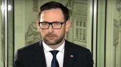 Obajtek przypomina słowa Tuska i odpowiada opozycji: My nie chcemy sprzedać Lotosu Rosjanom! - miniaturka